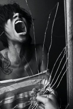 This powerful photo of emotional pain and inner turmoil was taken by ShaylinJanelle photography. http://shaylinjanelle.tumblr.com