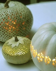 Pretty green pumpkins, delicately designed at halloween.holidaycentral.com